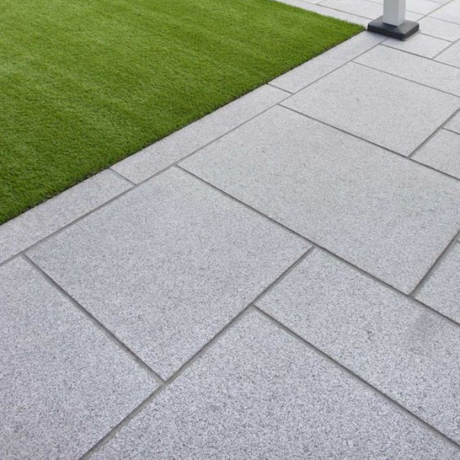 pool tiles, white pavers and stone paving in Sydney & Melbourne
