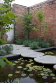 Natural Round Bluestone Stepping Stones