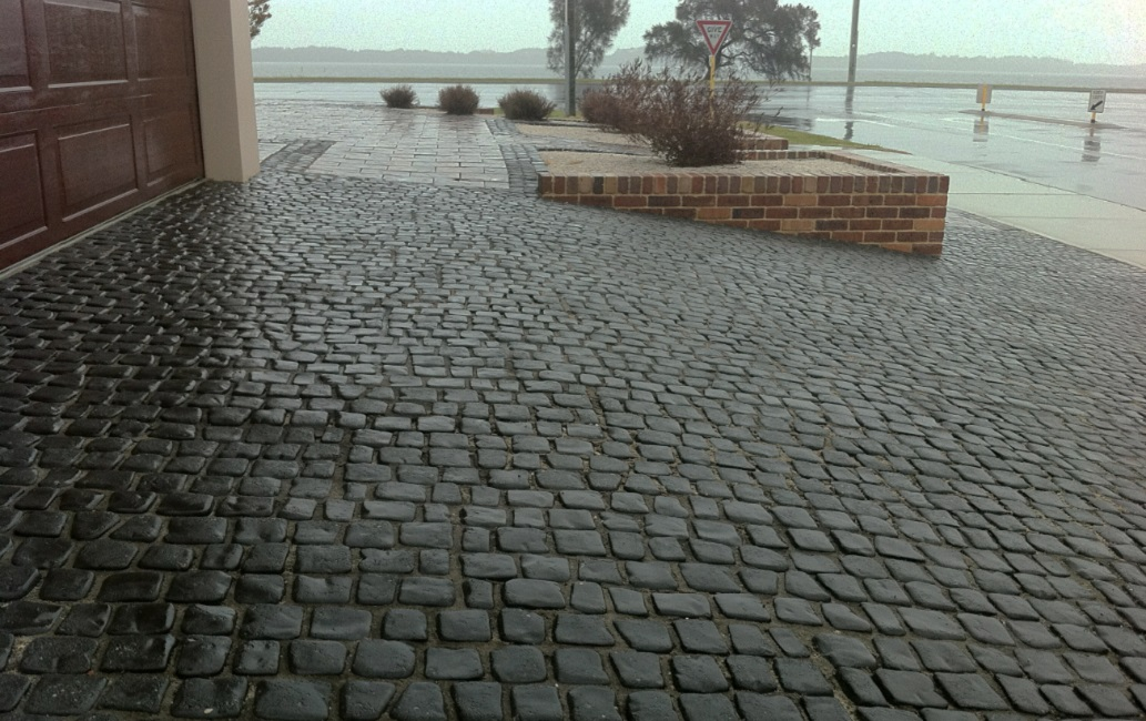 Cobblestone Stones For Driveways : Cobblestone pavers both loose and on mesh sheets
