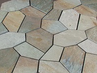 crazy pave quartz, crazy pave quartz on mesh, crazy pave on mesh, crazy paving, driveway pavers, outdoor pavers, flagstone, pool pavers, pool paving