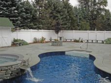 Curved Bluestone Pool Coping with matching Pool Pavers