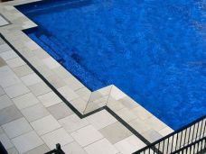 Bullnosed Pool Coping with matching Pool Pavers