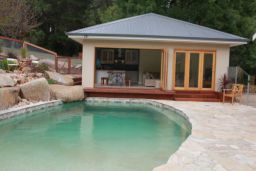 Sandstone Crazy Paving Pool Paving