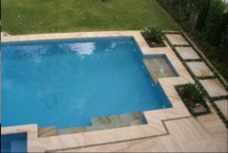 Natural split Sandstone Pavers with a non slip surface